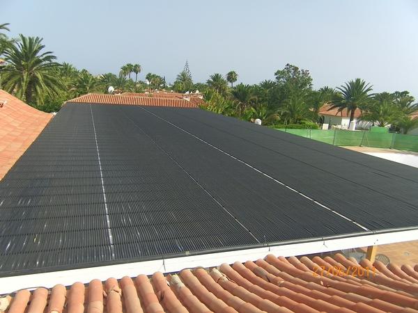 Sun Club, Playa del Ingles. 500 m² Solarabsorber auf einer Alu-Pergola