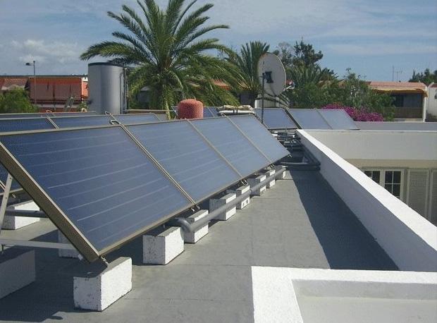Solarkollektoren für Schwimmbad Beheizung, Warmwasser und jacuzzi! Horizontale Montage.