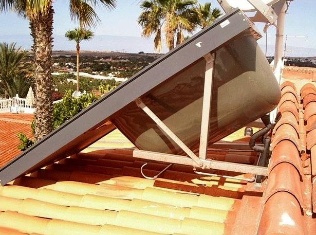 Vormontierte Solar Kompaktanlage mit Äthanol Solarkreislauf, somit kein überhitzen möglich